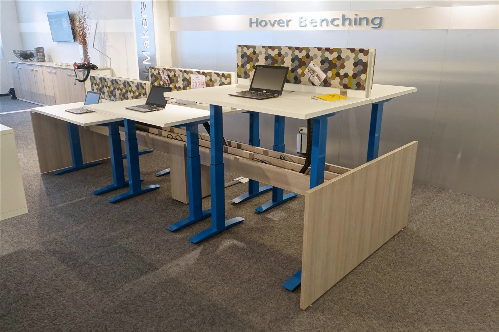 Incredible Hover Benching Height Adjustable And Customizable By Download Free Architecture Designs Scobabritishbridgeorg