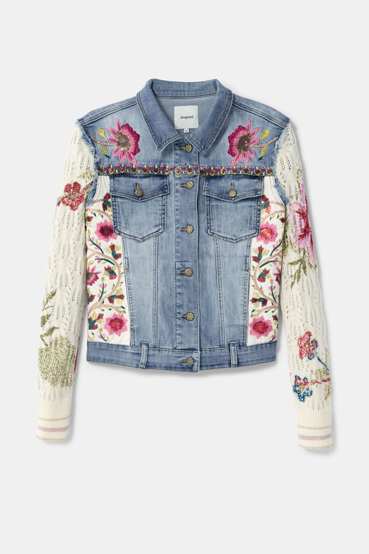 Chaqueta Floral Patch Vaquera Y Ganchillo Desigual Com Embellished Jacket Embellished Denim Jacket Embellished Denim [ 3000 x 2000 Pixel ]