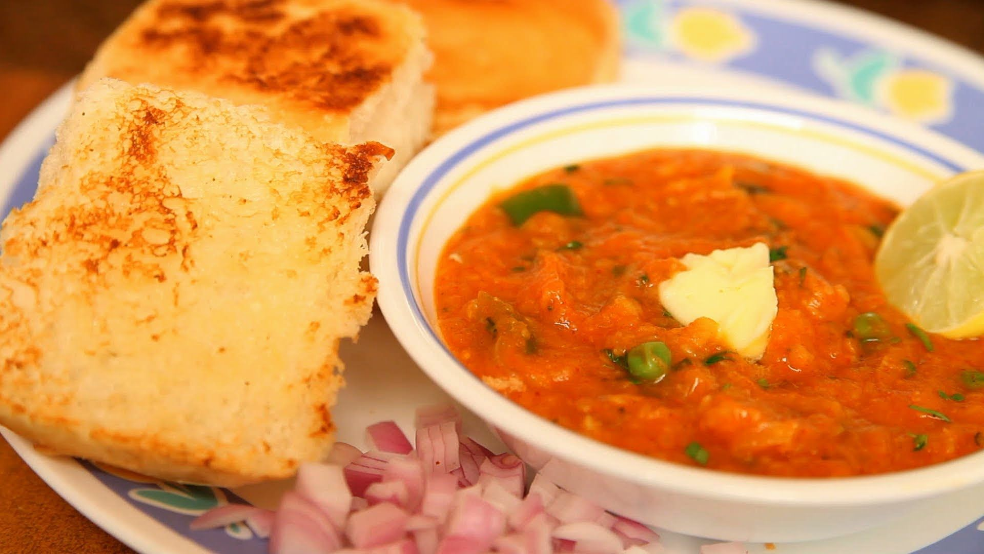 Healthy tomato bhaji recipe indian pinterest pav bhaji indian talk of fast food in mumbai and pav bhaji is a dish you just cannot afford to miss arina here gives you an easy recipe for this authentic indian cuisine forumfinder Images