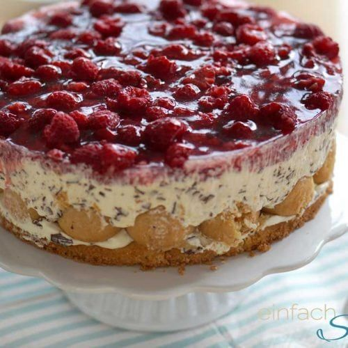 Sonntagstorte: Ati´s Windbeutel Torte   - bakery and sweets -