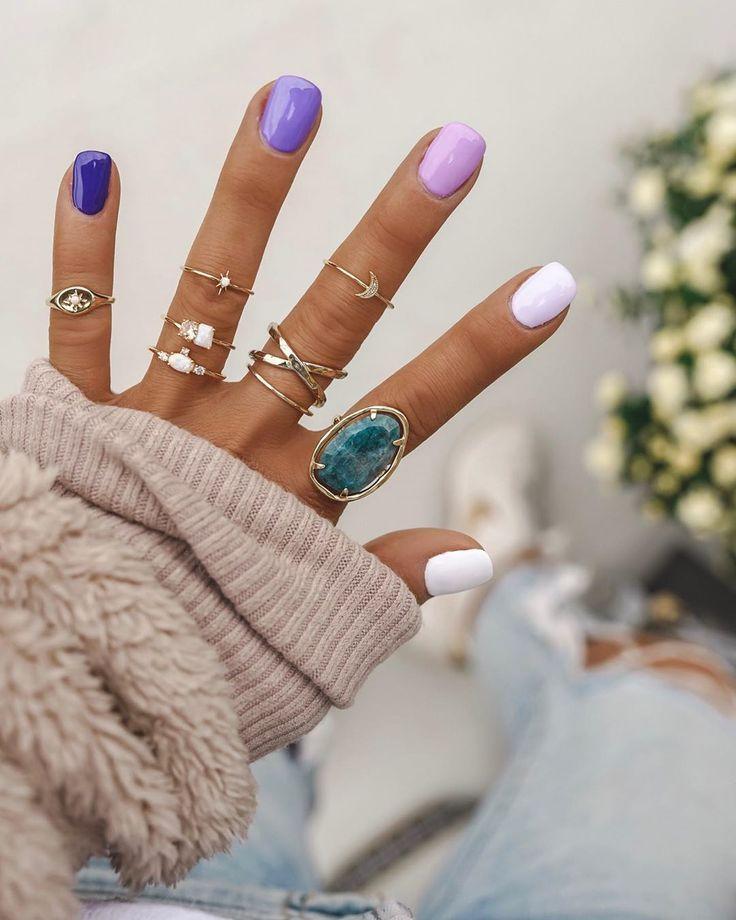 """Photo of Erica Shaw på Instagram: """"Hellooo lilla negler! Liker du dem?"""" # design # designer …"""