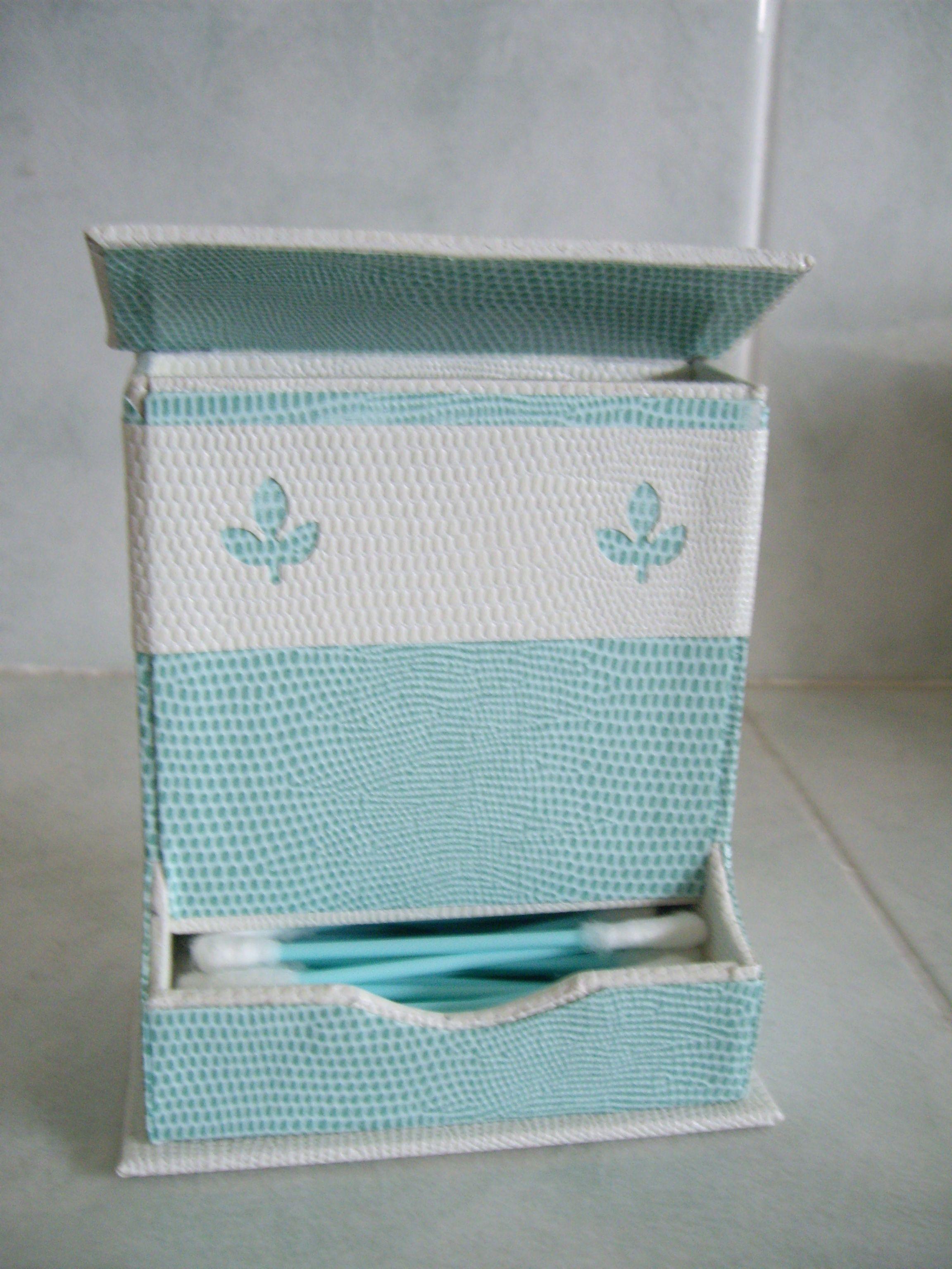 cartonnage distributeur de cotons tige pour salle de. Black Bedroom Furniture Sets. Home Design Ideas