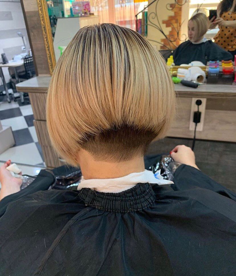 Pin by Janice Meyer on Bobbed hair   Bob hairstyles, Shaved nape ...