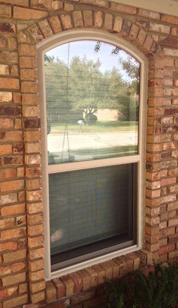 Window Connection Single Hung Vinyl Replacement Windows Vinyl Replacement Windows Windows House Exterior