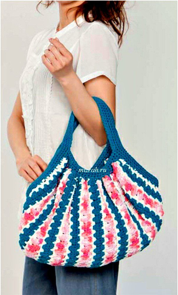 crochet beach bag (or just bag ;-)) free pattern in English at: http ...
