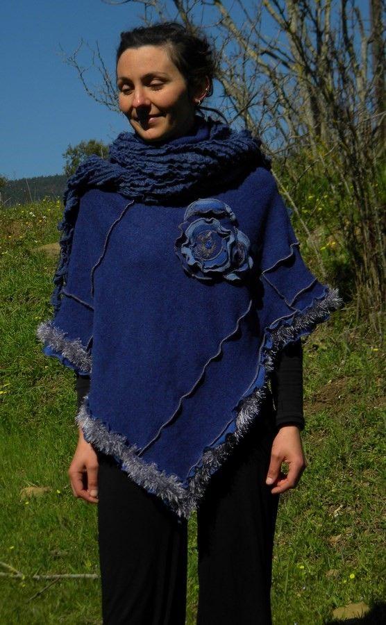 Poncho bleu avec capuche patchwork mode printemps