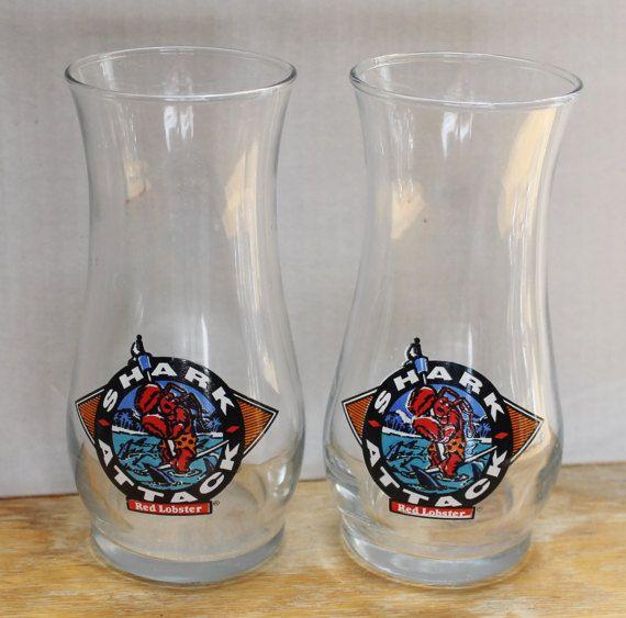 VINTAGE RED LOBSTER COLLECTIBLE PILSNER BEER HURRICANE GLASS