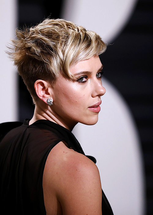 Scarlett Johansson At The 2017 Vanity Fair Oscar Party February 26