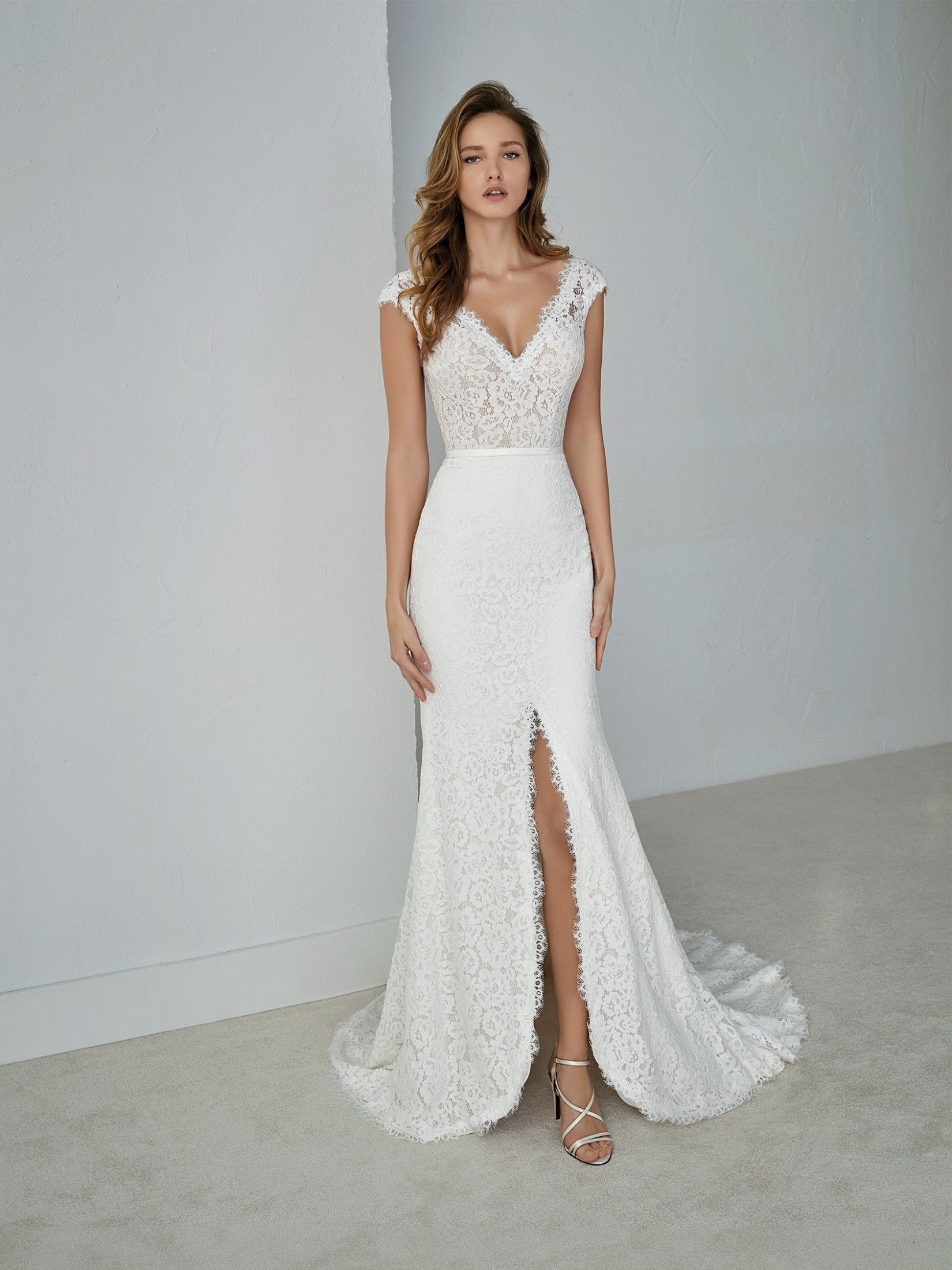 Wedding dress for your body  Wedding Dress For Your Body Type  wedding dresses  Pinterest