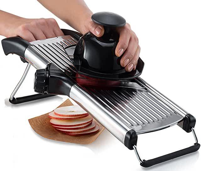 Amazon Com Oxo Mandoline Slicer In 2020 Mandolin Slicer Kitchen Styling Potato Slicer