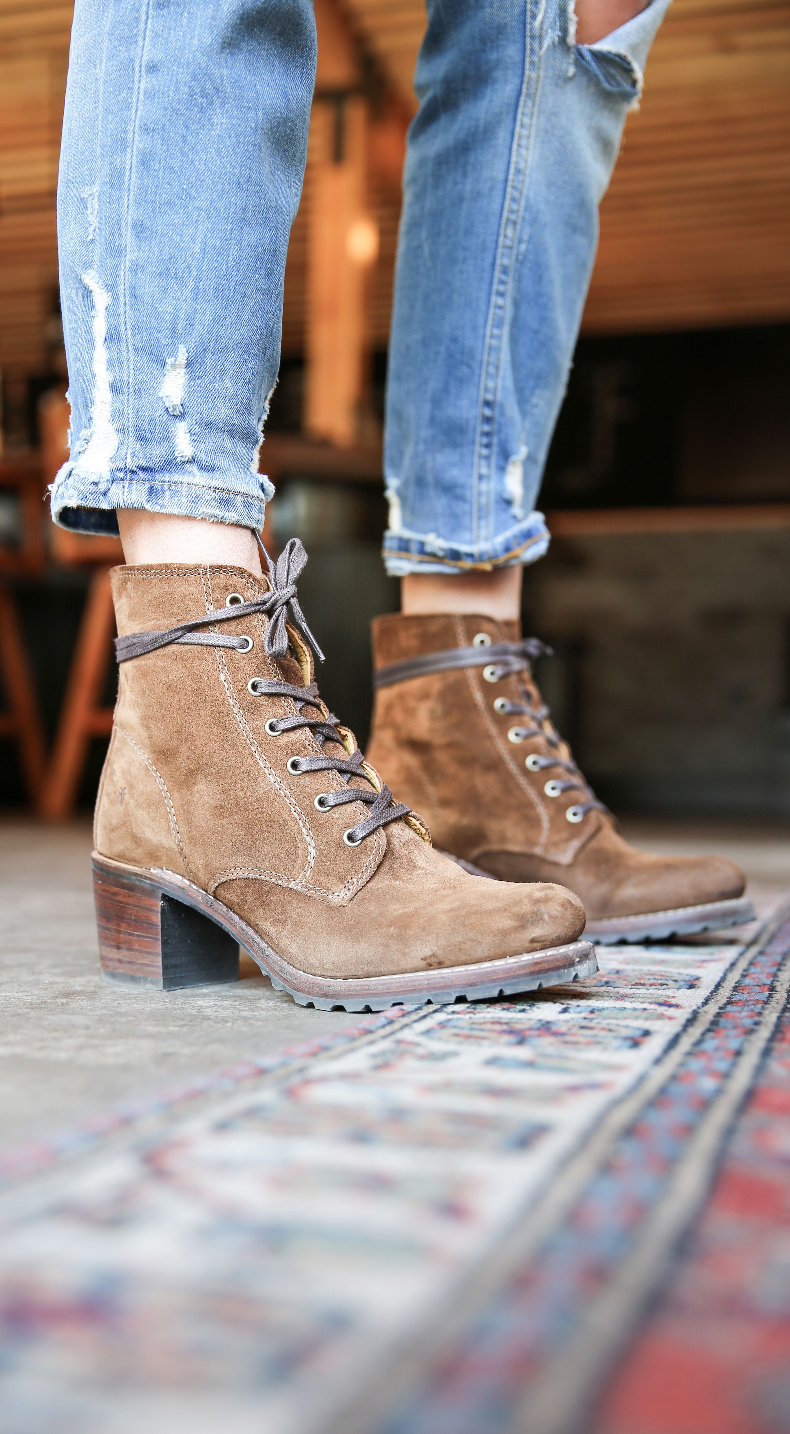 Sabrina 6G Lace Up | The Frye Company