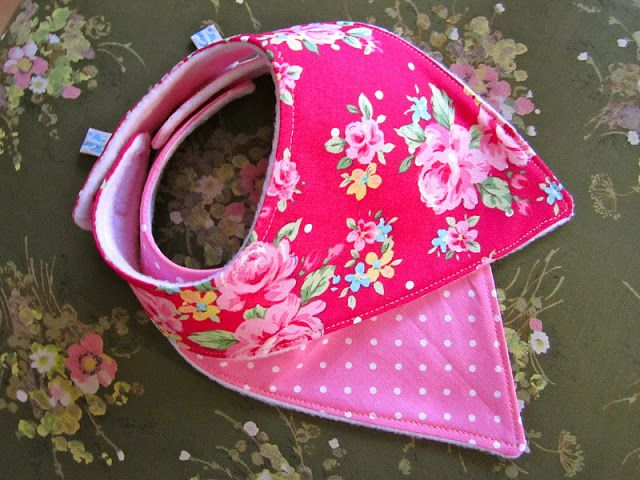 Dribble Bibs tutorial. Cuter than the bulky bibs for a teething baby