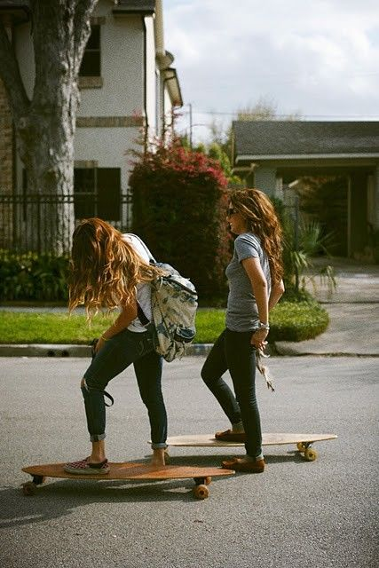 Longboardin' ladies! This is me next summer.....living free like a hippie