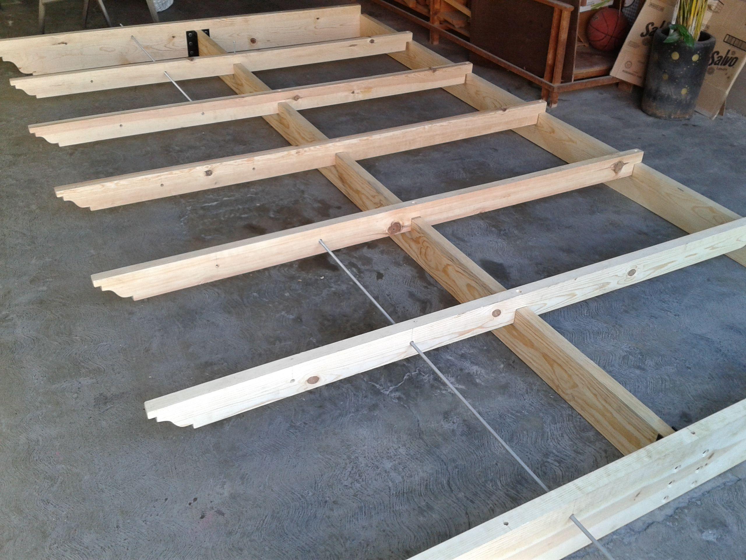 Proceso de construcci n de p rgola de madera con - Construccion de pergolas de madera ...
