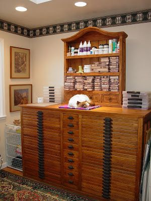 a printer cabinet as rubber st& storage. Makes me want to get back to st&ing! & CRAFTY STORAGE: Lisa itatini Rubber stamp storage   Creative storage ...