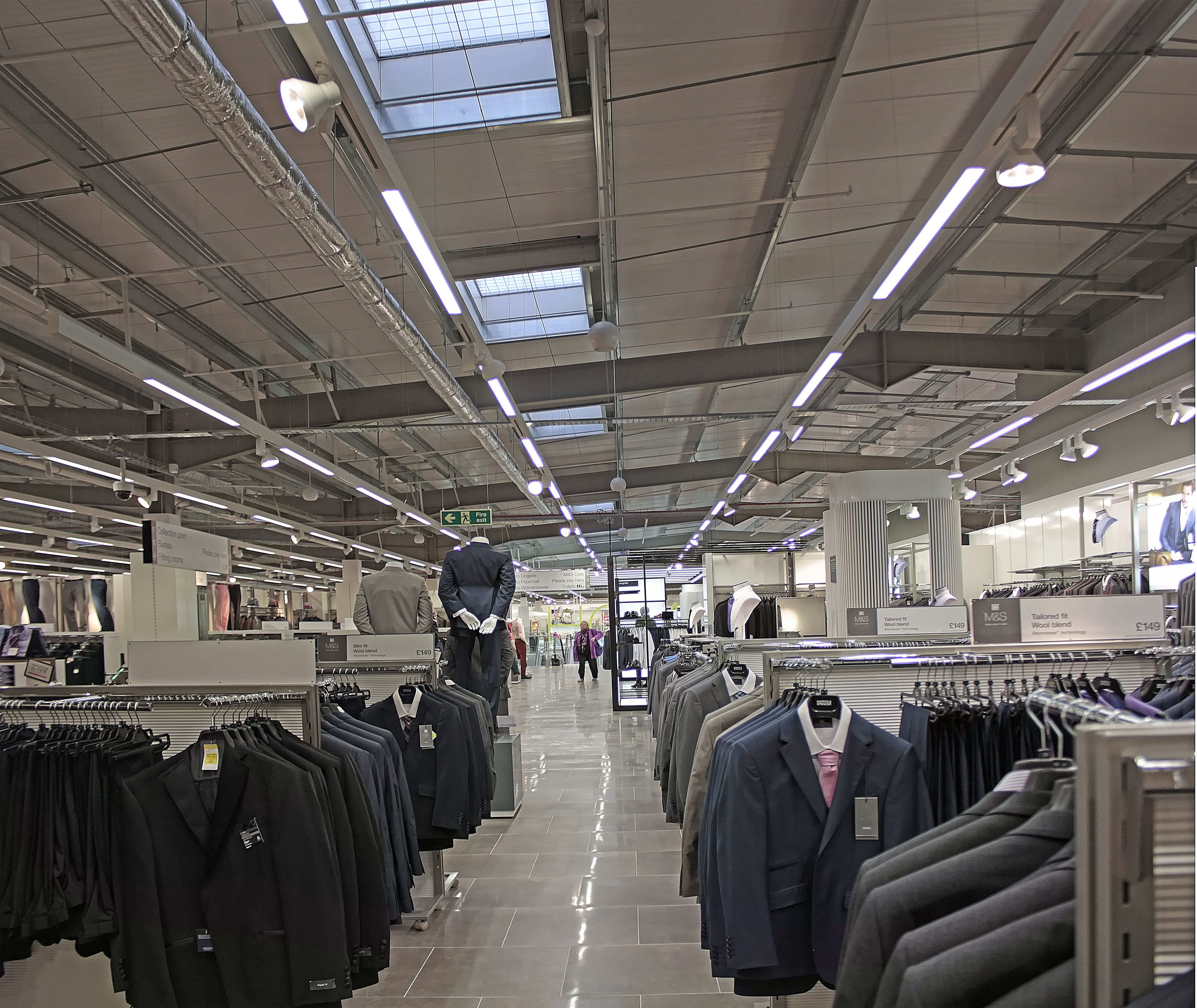 Iluminación natural Lledó Sunoptics en la nueva tienda Marks&Spencer en Monks Cross York  http://grupolledo.blogspot.com.es/2014/05/iluminacion-natural-lledo-sunoptics-en.html  LLEDO SUNOPTICS DAYLIGHTING AT THE NEW Mark&Spencer STORE IN MONKS CROSS YORK  http://grupolledo.blogspot.com.es/2014/05/lledo-sunoptics-daylighting-at-new-mark.html   #greenlighting #luznatural #Sunoptics #daylighting