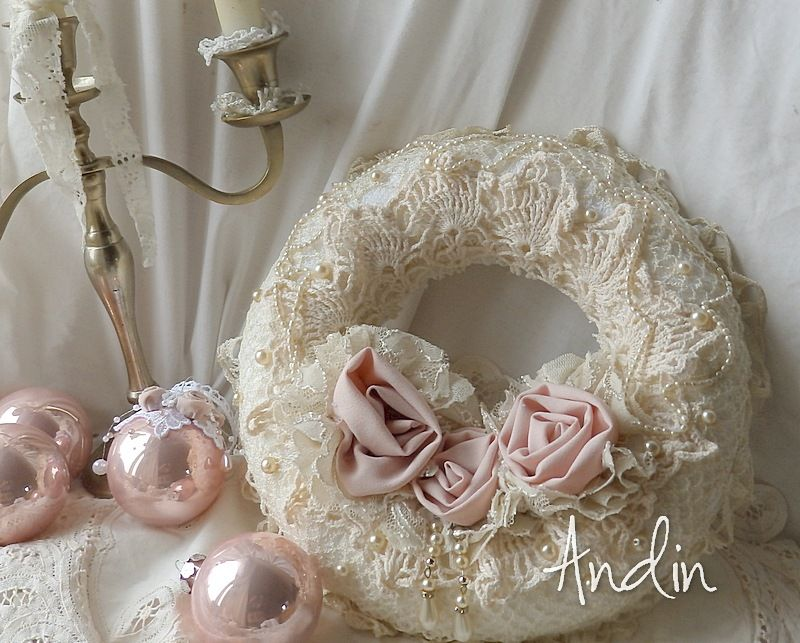 lace wreath shabby chic fabric wreath pinterest. Black Bedroom Furniture Sets. Home Design Ideas