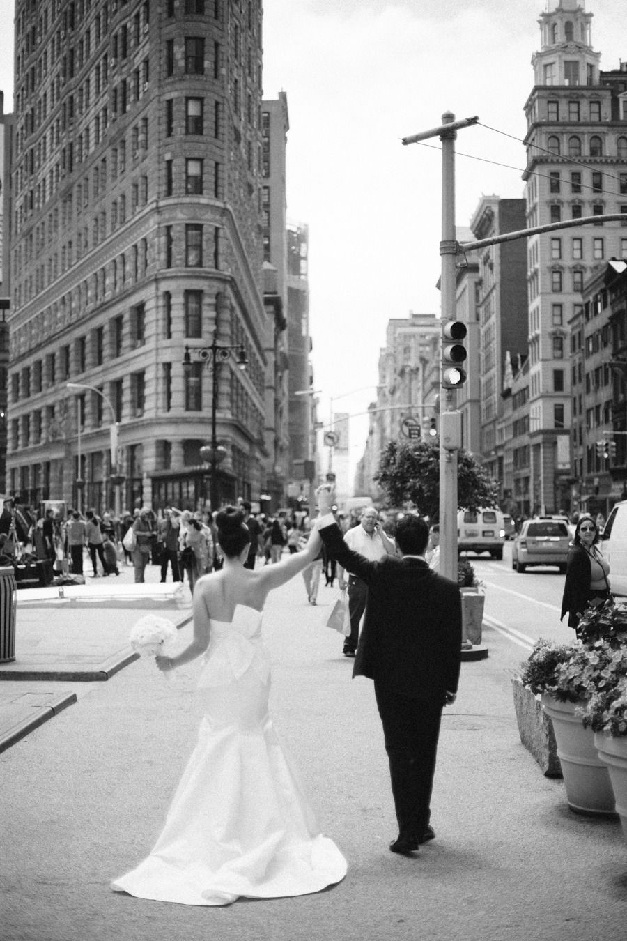 Classically Elegant New York City Wedding At Studio 450 City Wedding Real Weddings Photography