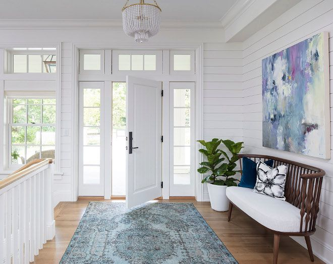 Hamptons-Inspired Home with Coastal Colors | Entry Ideas/Foyer ...