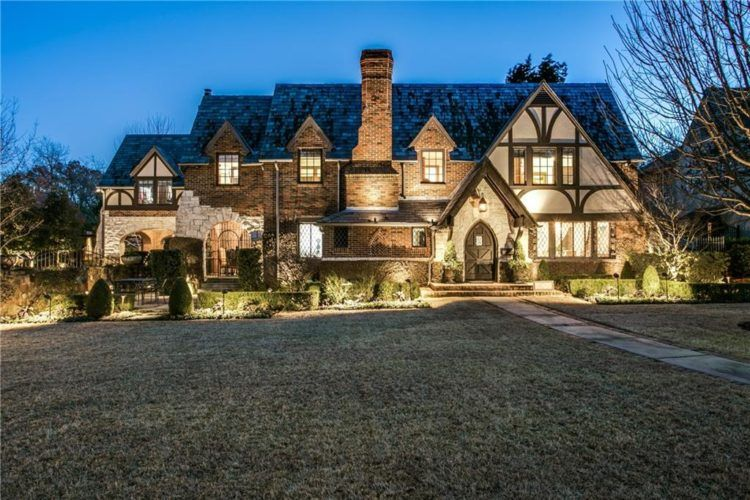 20 of the Most Gorgeous Tudor Style Home Designs | Tudor style ...