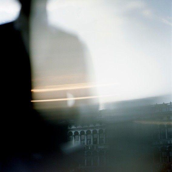 Bruno Aveillan - Photographers - Books - Mnemo Lux | Michele Filomeno