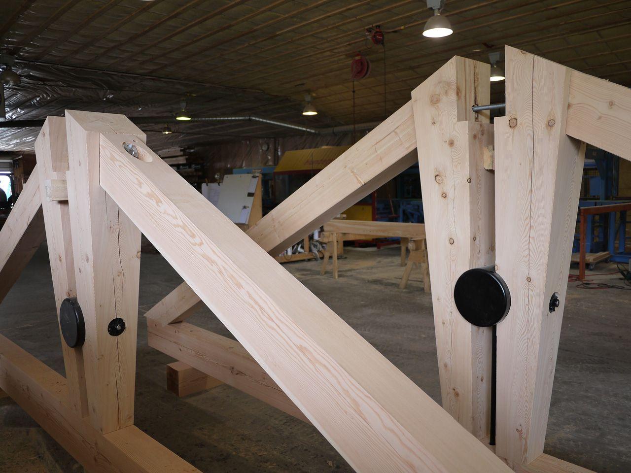 Custom Design Timber Truss Roof Trusses Post Beam Joinery