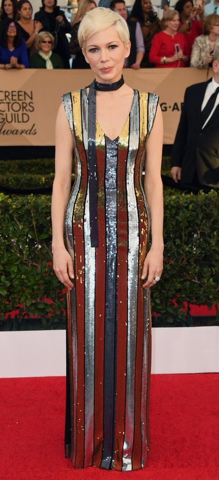 Michelle Williams in Louis Vuitton attends the 23rd Annual Screen Actors Guild Awards. #bestdressed