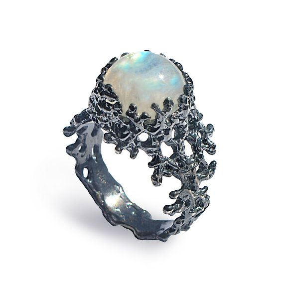 CORAL Rainbow Moonstone Ring Silver Moonstone Ring Black by AroshaTaglia | Etsy