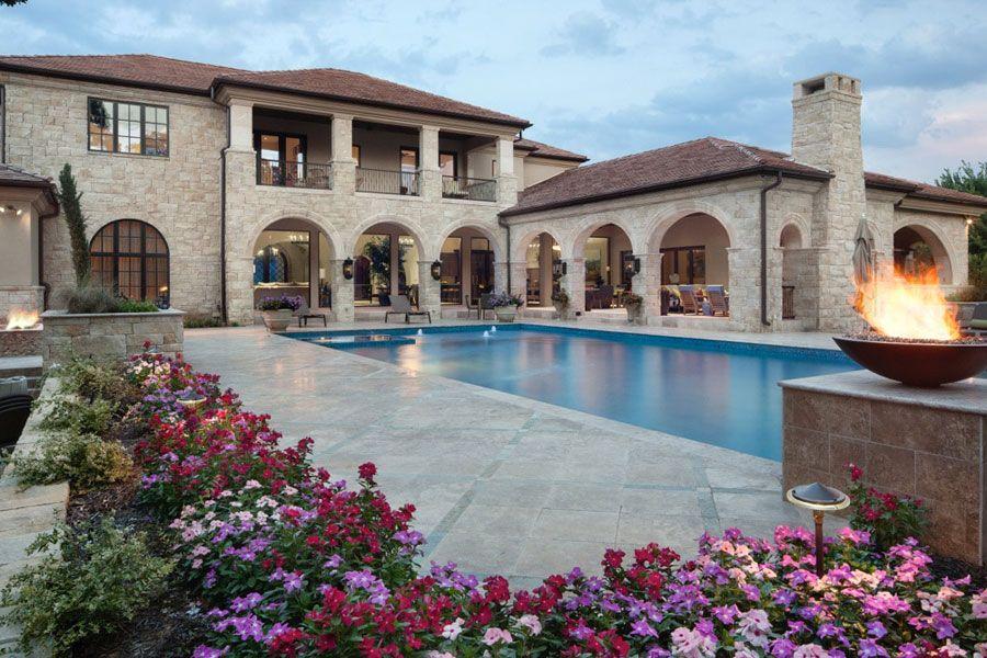 16 spettacolari ville di lusso con piscina mi casa de for Stili di arredamento interni