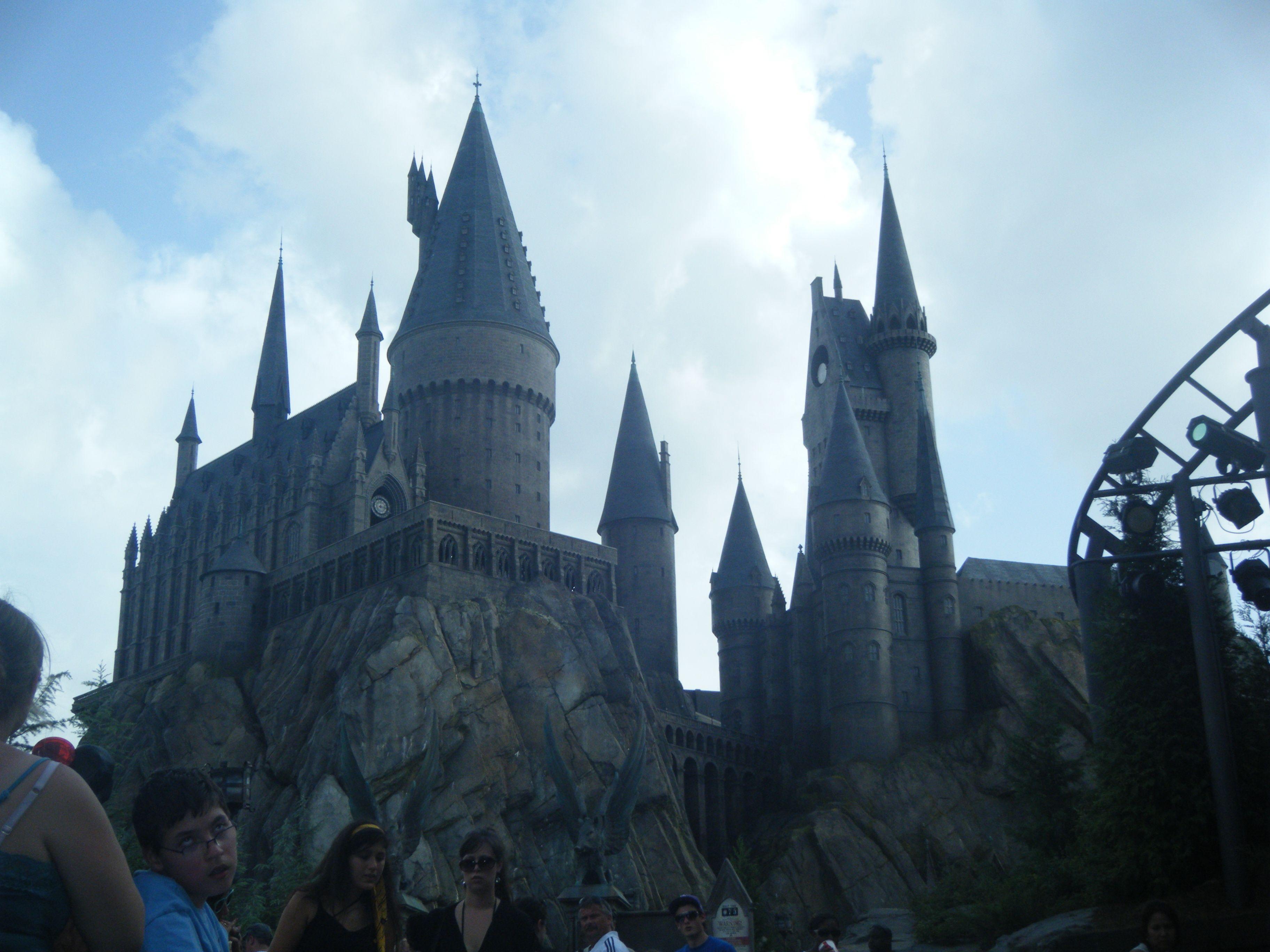 hogwarts :) universal studios, orlando, florida