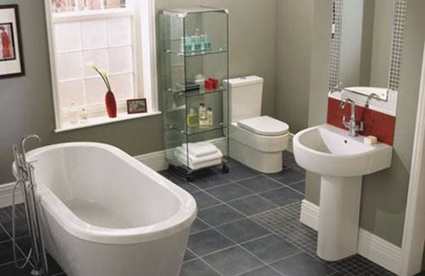 Vastu Tips For Attached Bathroom And Toilet Construct Toilet 1 2 Feet Higher Than Ground Level Wit Simple Bathroom Simple Bathroom Designs Bathroom Design