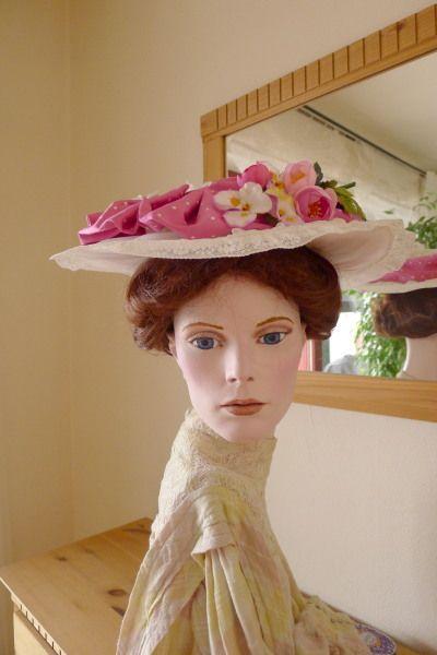 Hut und Haube Hut aus Seidenorganza 1903