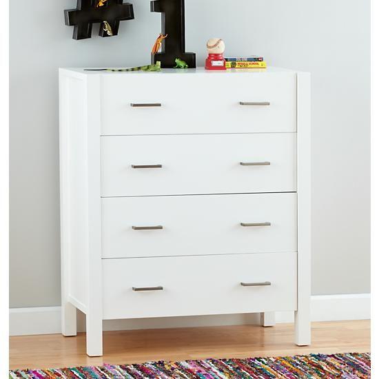Uptown 4 Drawer Dresser White The Land Of Nod 4 Drawer