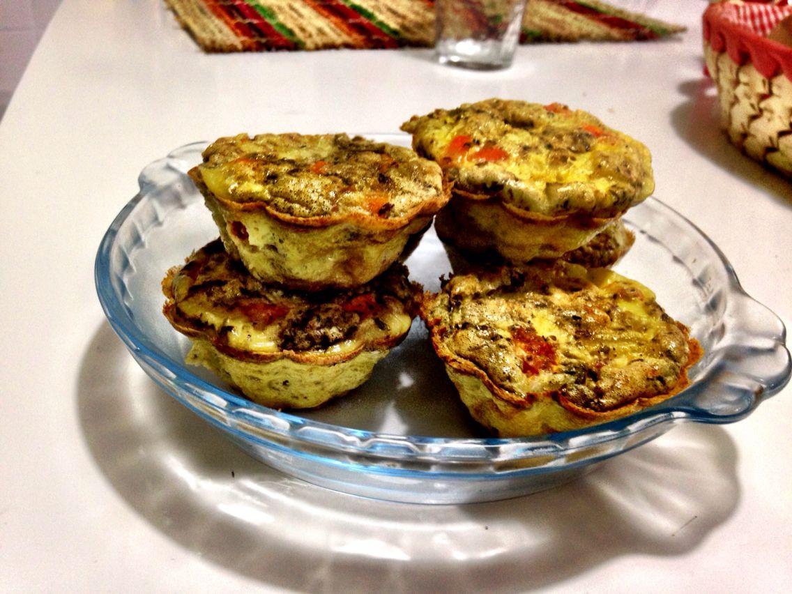Suflê de Legumes    Cenoura . Batata Doce . Ervilha . Cebola e orégano   Base: 3 ovos + Cream Soy Ervas Finas   Forno 40 minutos
