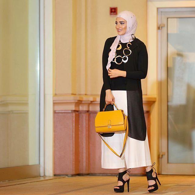 موضة و أزياء ملابس محجبات على طريقة أشهر المحجبات على انستقرام Hijabi Fashion Hijab Fashion Muslim Fashion