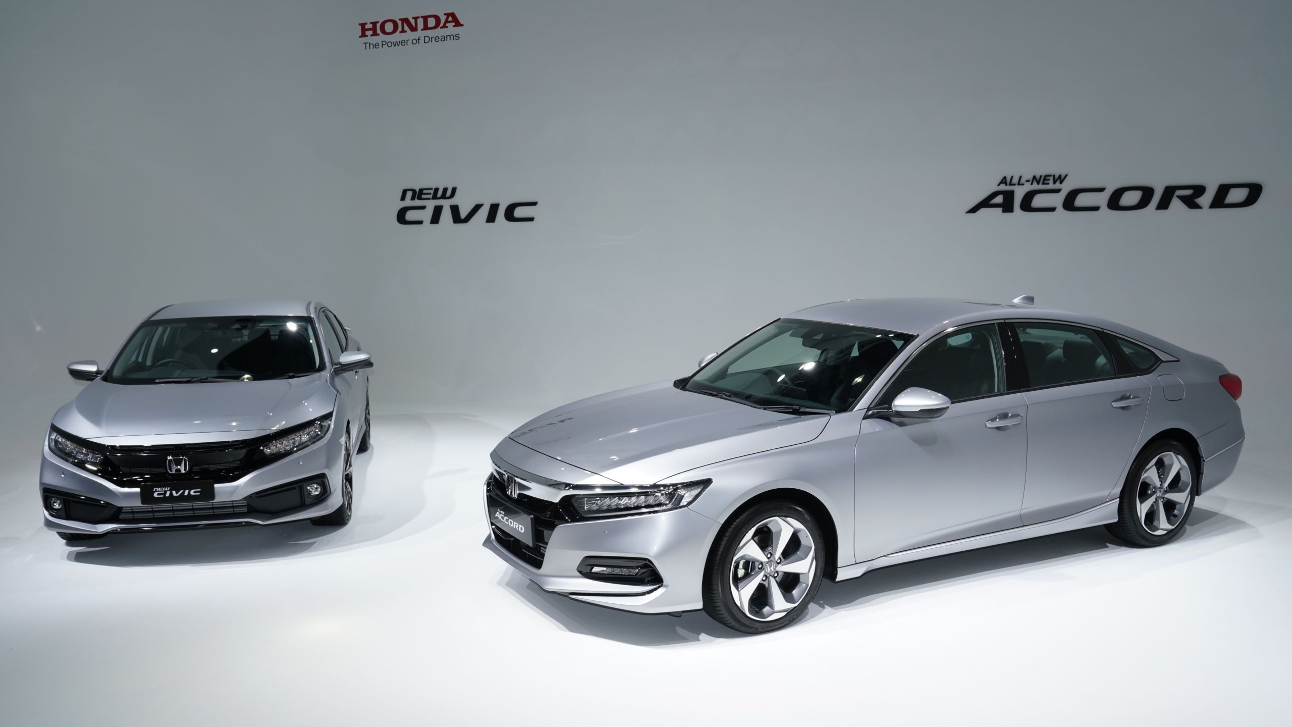 2020 Honda Civic With 1 5l Turbo 1 8l Options Full Honda Sensing Safety Honda Civic National Car Honda S