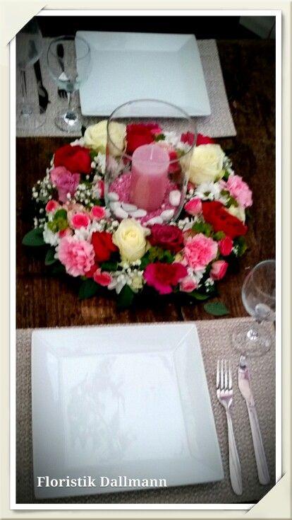 Tischkränzchen mit Kerze als Tischdeko