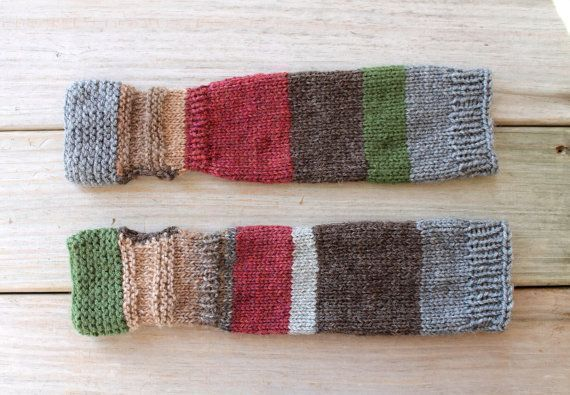 Photo of Knit colorful arm warmers from scraps of wool Knit colorful arm warmers from scr…