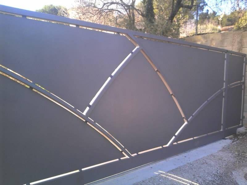 Bildergebnis für portail coulissant contemporain en fer | Tore ...