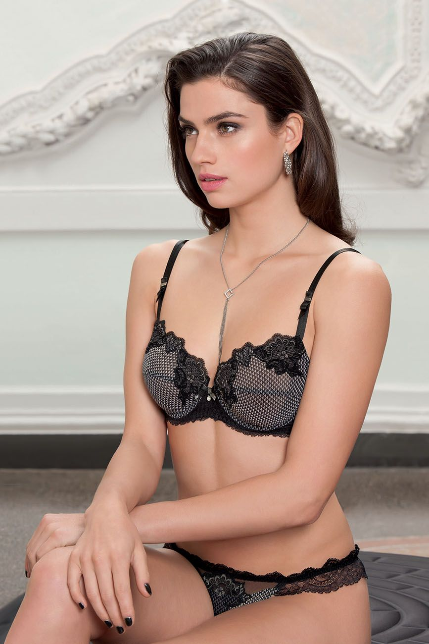 lise charmel moderne leader lingerie lisecharmel pinterest winter 2017 fall winter and. Black Bedroom Furniture Sets. Home Design Ideas
