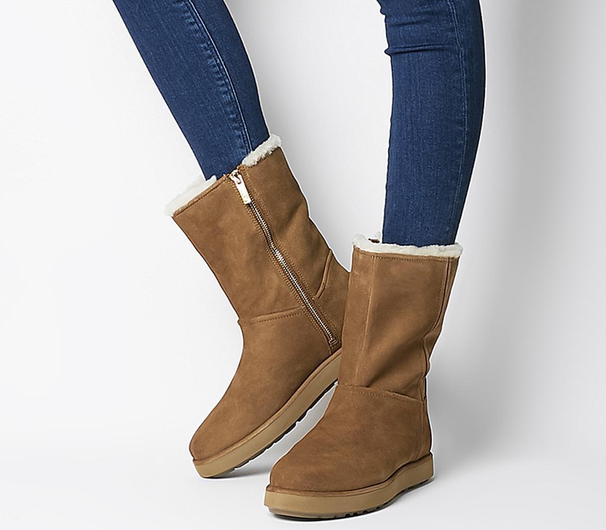 Ugg Classic Short Blvd Boots Bruno Online Exclusives Fur Boots Fashion Boots Ugg Classic Short