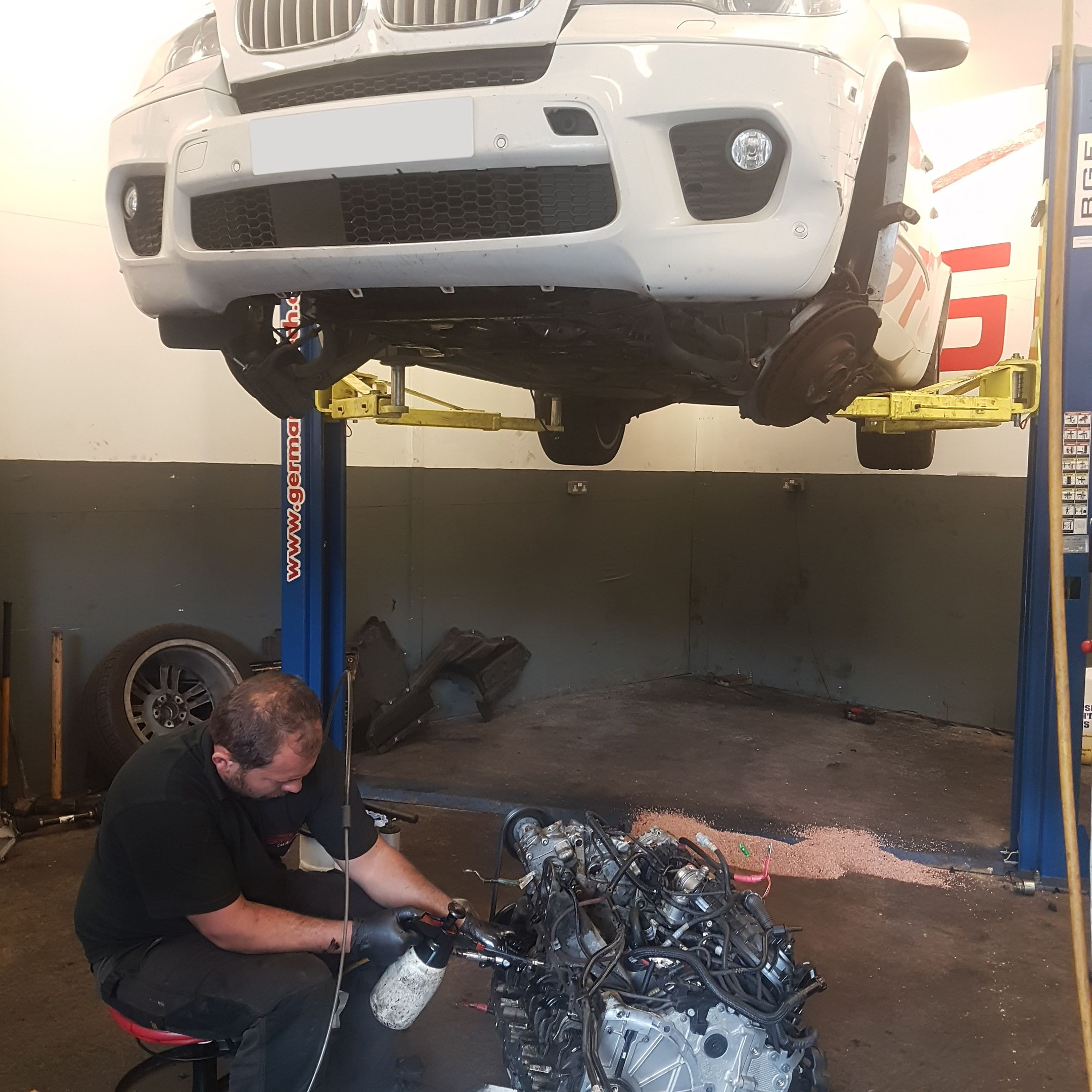 Repairing of BMW under the supervision of the best mechanics in UK