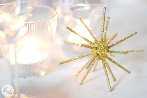 DIY. Glitter star #setting #place card #christmas