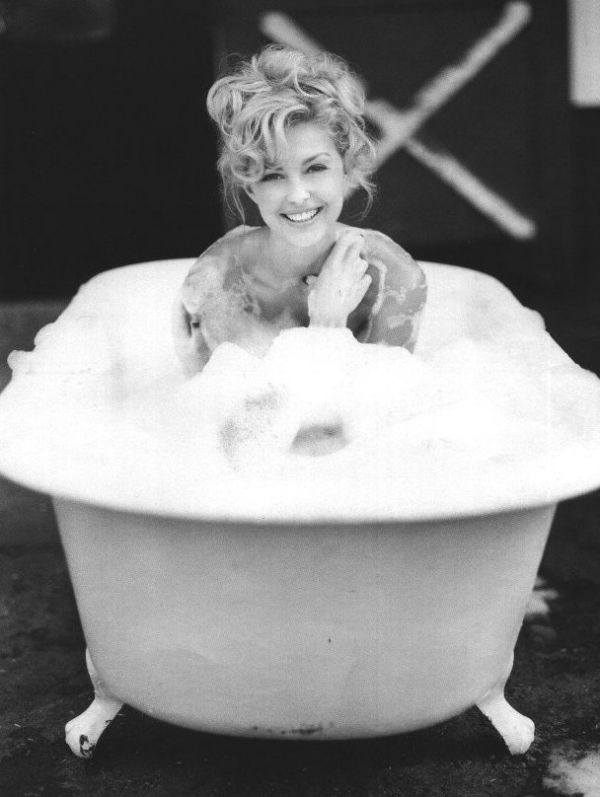 fixer bath photography. bubble bath with ashley judd fixer photography