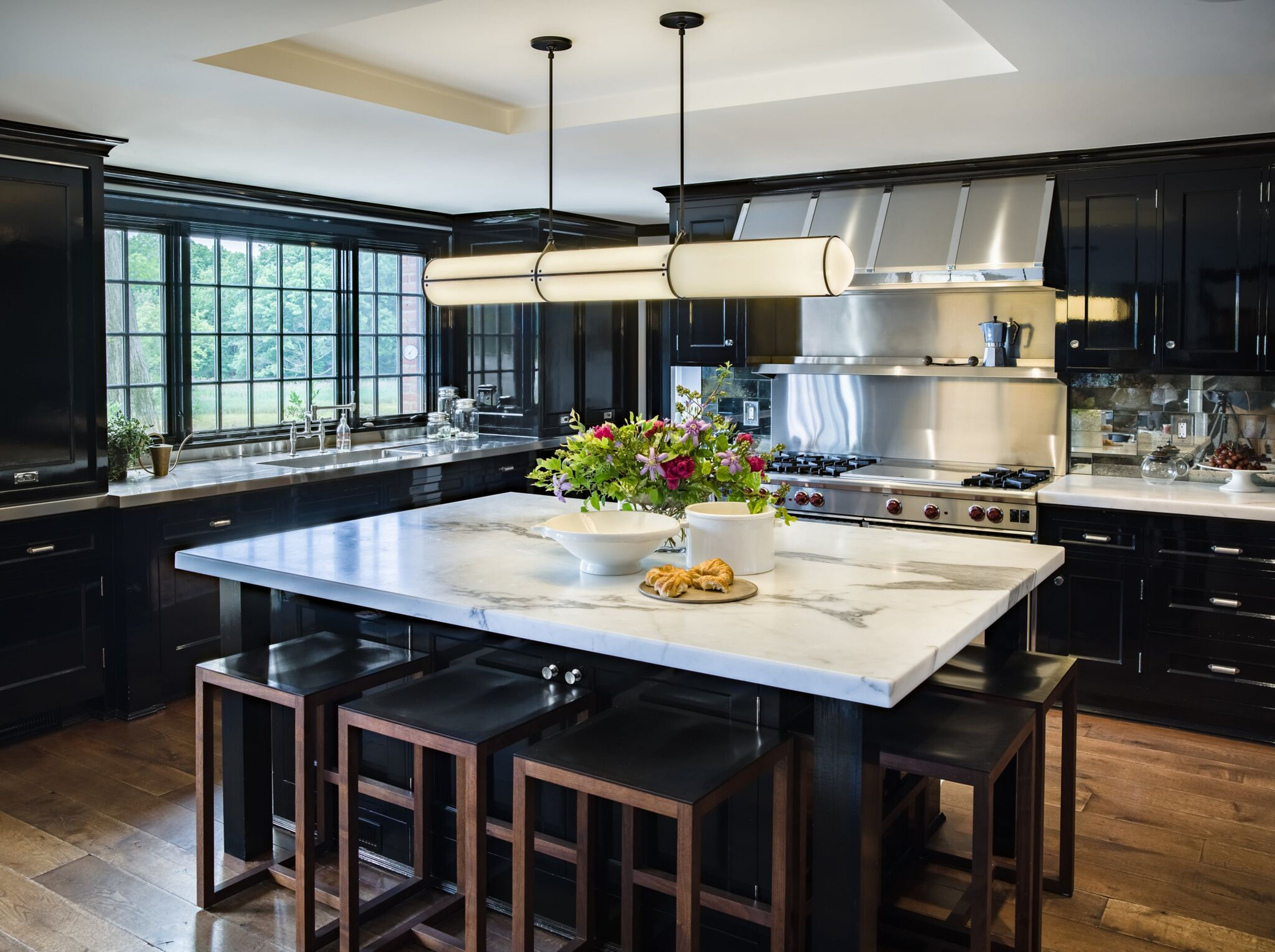 Best 29 Fabulous Kitchen Design Ideas With Dark Cabinets That 400 x 300