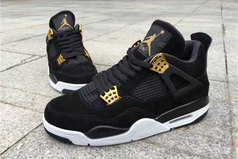 5dcf35fea640 The Air Jordan 4 Receives a Royal Colorway