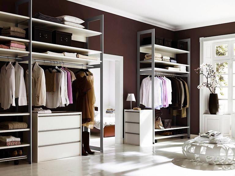 anbieter und systeme von begehbaren kleiderschr nken h henrausch schranksystem uno von. Black Bedroom Furniture Sets. Home Design Ideas