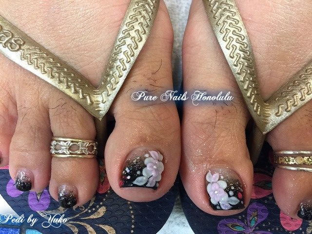 Floral Pedicure - Nail Art Gallery