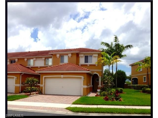 MOTIVATED SELLERS! MUST SELL! BRING ALL OFFERS! REDUCED TO $177,000! http://kristenpell.com/filter-93-9979-CHIANA-CIR-FORT-MYERS-FL-33905