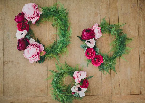 The deep rich colors of fall florals are oh-so dreamy. These silk floral wreaths are a romantic idea. Just hang them on fishing wire on walls for a gorgeous fall accent at your event.